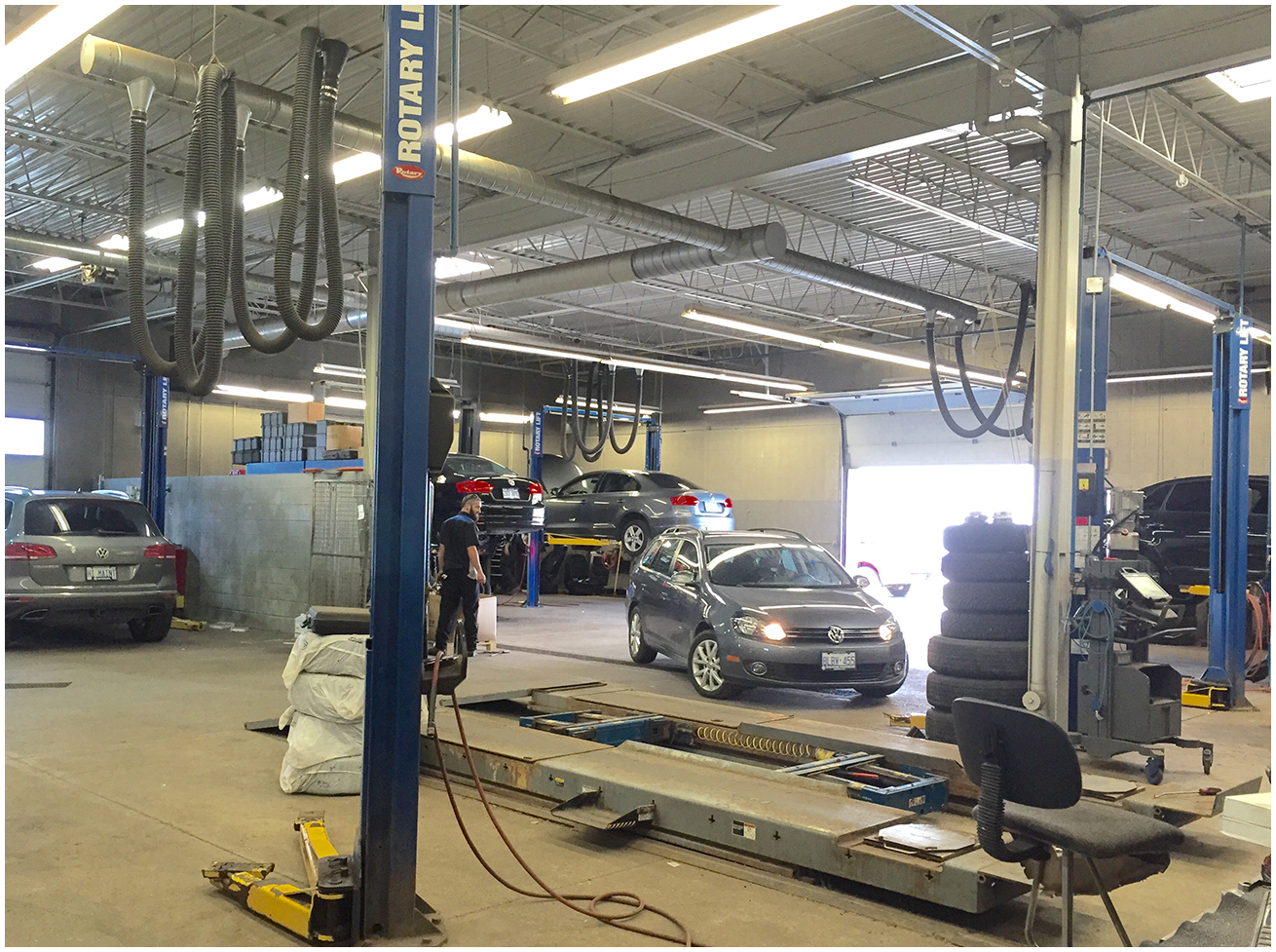 Brantford Volkswagen Technical Bays
